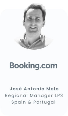 turiscool-profesor-jose-antonio-melo-booking